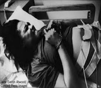 Will AB 2530 Unshackle Childbirth in California? -Interviewing Tina Reynolds & Vikki Law